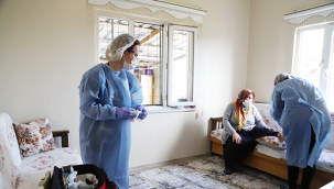 Kartal'da 'Evde Sağlık Hizmeti' ile Risk Grubundaki Vatandaşlara Destek