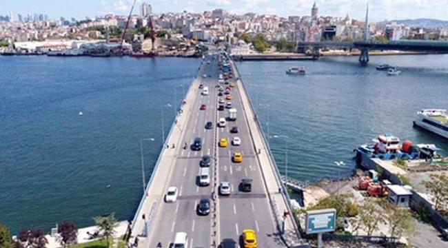 Atatürk Köprüsü (Unkapanı), deniz trafiğine trafiğine açılacak.