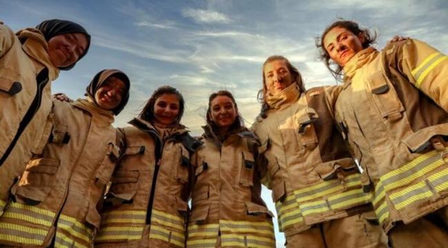 İstanbul'da görev alacak kadın itfaiyecilerden tatbikat
