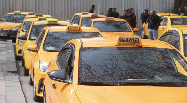 Taksiler Onlara Ücretsiz Oldu