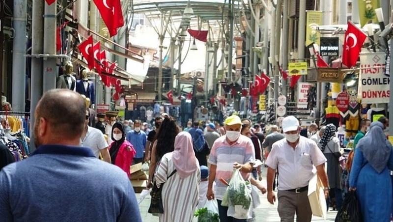 Sokaklarda Bayram Yoğunluğu